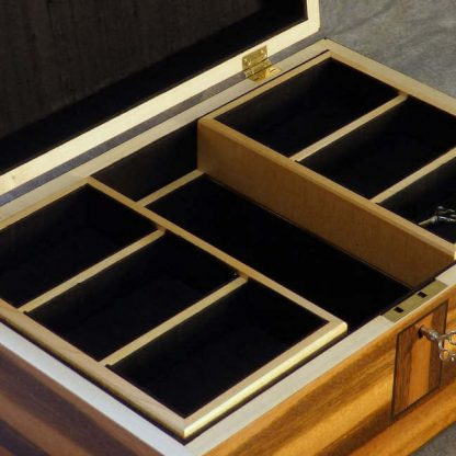 Valet Box in Goncalo Alves