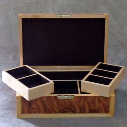 Valet Box in Kevasingo and Maple